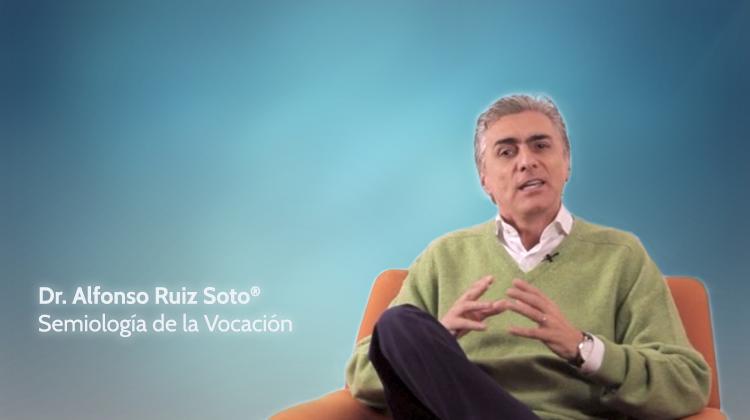 Dr. Alfonso Ruíz Soto.